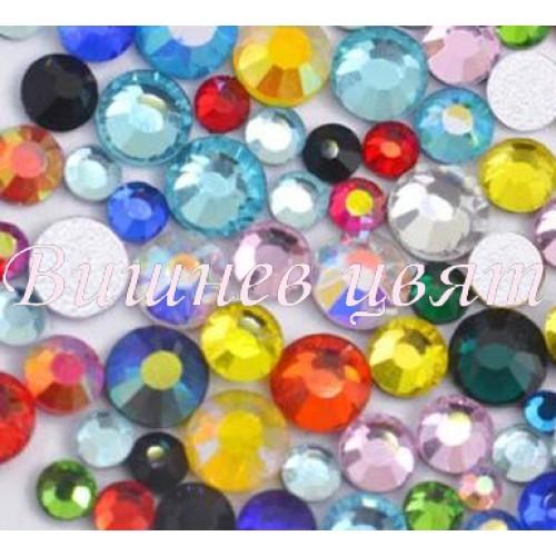 Swarovski дек. камъни кристал микс от цветове и размери-100бр. НОВА ЦЕНА!!!